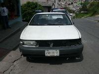 Hallan dos muertos dentro de un auto en Valle de Chalco